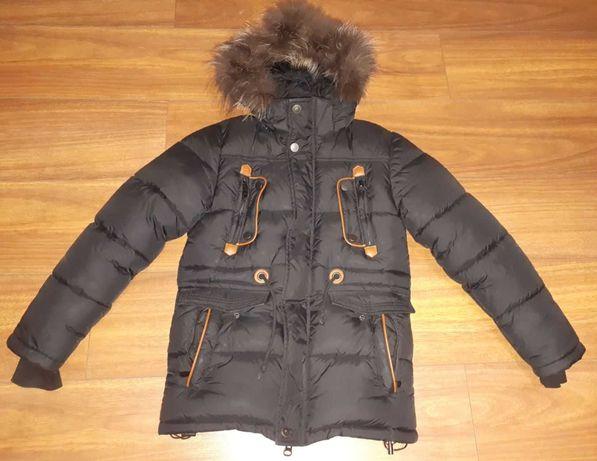 Зимняя куртка на 135-150 см