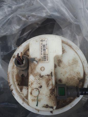 Vand pompa benzina dacia logan 2 an 2012 benzina si pedala aceleratie