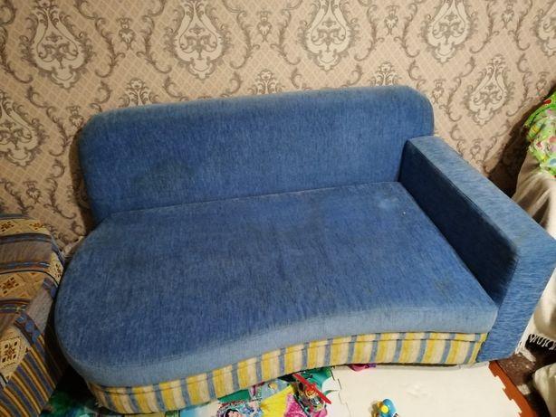 Продам  диван за 15.000т