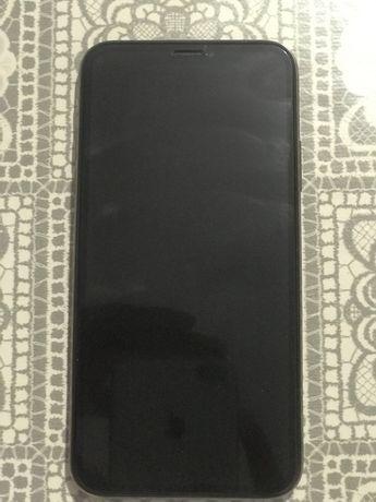 Продам IPhone XS золотистый 64 гб