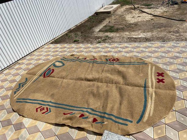 Продам ковёр чистый постиранный