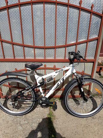 Bicicleta mtb pe 26