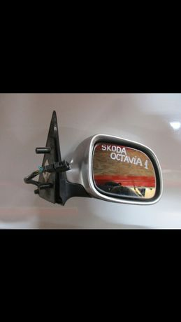 Oglinda Octavia 1