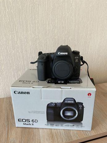 Продам Canon 6D mark 2