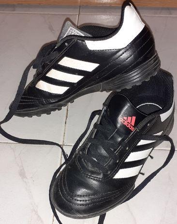 Adidas обувки/бутонки