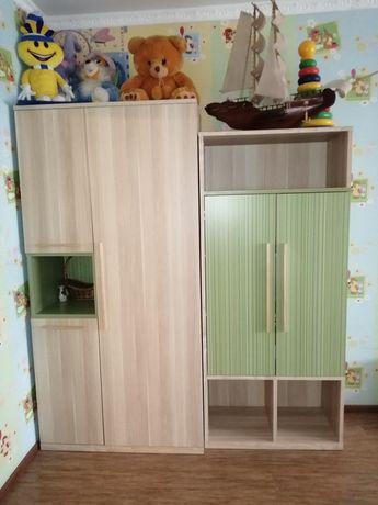 Стенка-шкаф в детскую