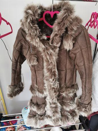 Зимно кожухче, изработено изцяло от естествени материали