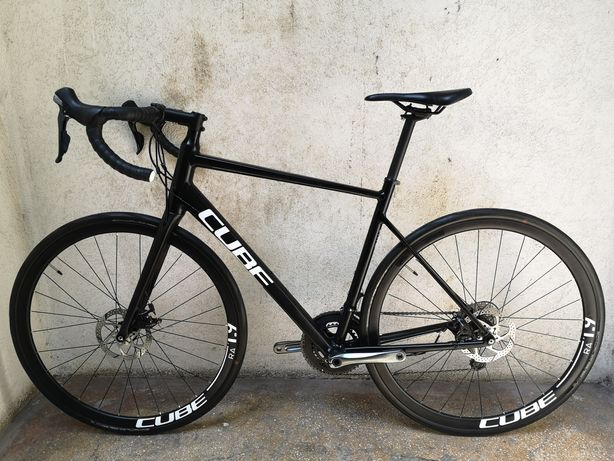 Bicicleta sosea/cursiera/cyclocross Cube Attain (masura 56)