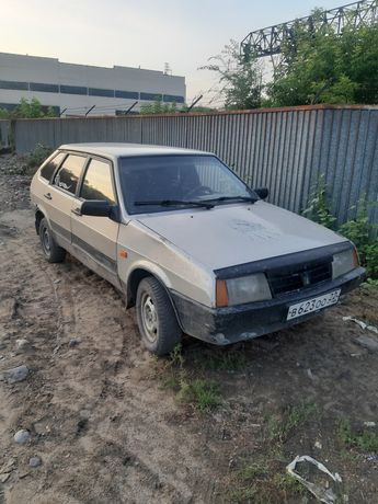 Продам хорошую машину