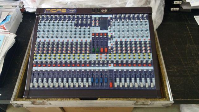 Midas Venice 240 + case ( Dynacord, Yamaha )
