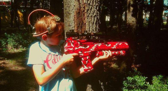 Лазертаг и фехтовка - детски партита, отборни спортни игри на открито