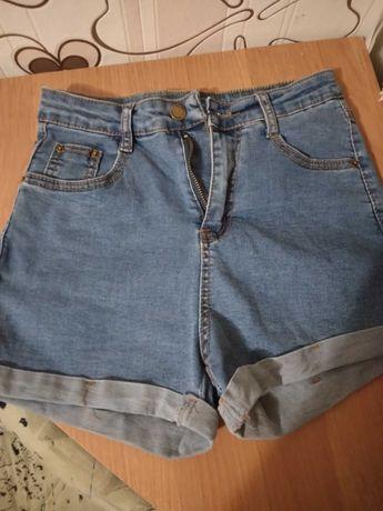 Джинсовые шорты на девочку 10-13 лет