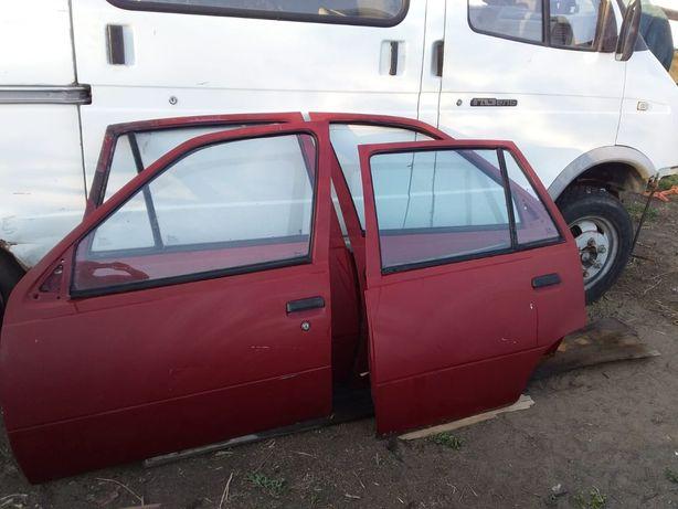 Продам оригинальные запчасти и детали кузова от Daewoo Racer