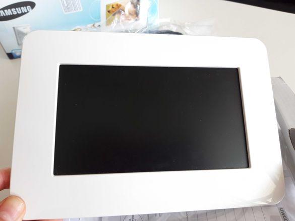 Електронна рамка Samsung