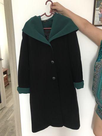 Женское, классическое, кашемировое пальто!