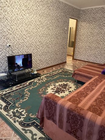 Квартира посуточно 5000 тг 11 мкр