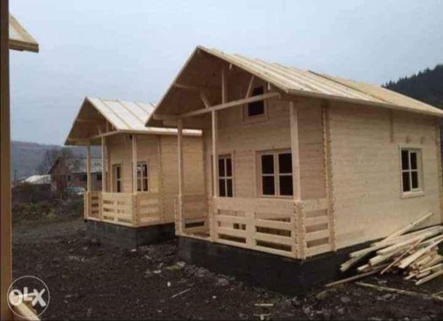 Căsuțe din lemn 6 x 5 preț de lac 3600 de euro