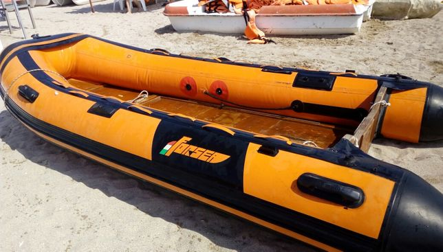 Barci gonflabile pneumatice pescuit agrement