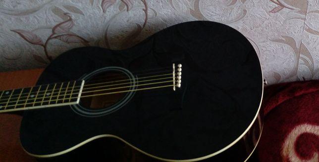 Гитара, в  хорошем состоянии.