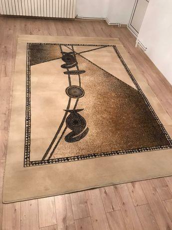 Covor crem din lana 2m x 3m - ideal pentru sufragerie