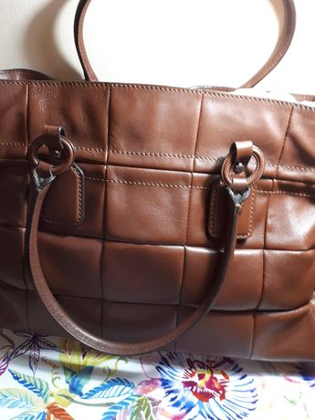 Продаю стильную кожаную сумку, итальянского дома высокой моды -Tods