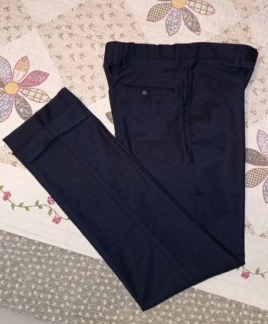 Школьные брюки. Новые.