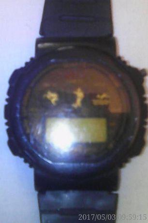 Vand ceas barbatesc cu baterie, plastic, marca Sport, stare f. buna