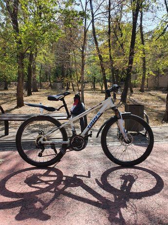 Велосипед марки TRINX