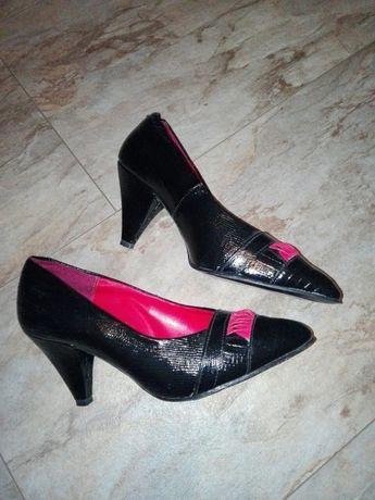Обувки Hush Puppies