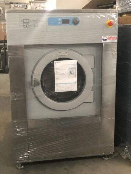 Професионална перална - пералня 33 кг