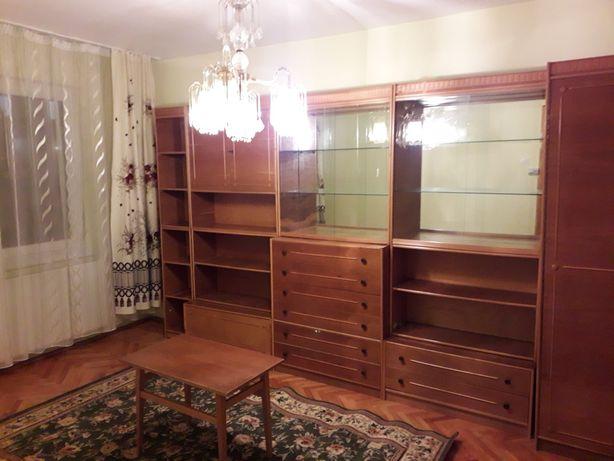 Inchiriezi apartament cu doua camere decomandat ,mobilat ,utilat ,Bul
