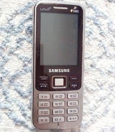 Двух симчатый телефон