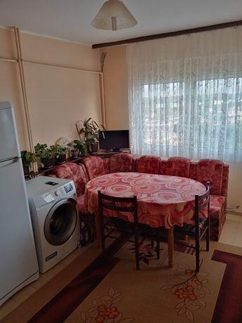 Продавам 4-СТАЕН апартамент в Град Пазарджик