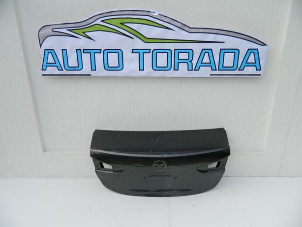 Capota portbagaj Mazda 3 model 2015