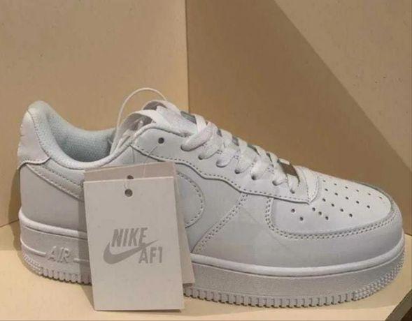 Белые/Низкие Nike Air Force 1