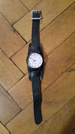 Стар дамски часовник Q&Q 10bar