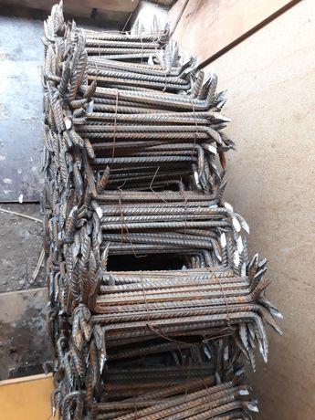Scoabe din fier beton  pret 2 ;5 lei buc