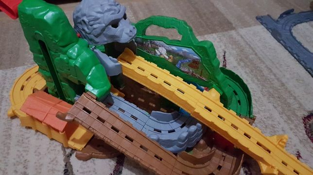 set sine trenulet Thomas
