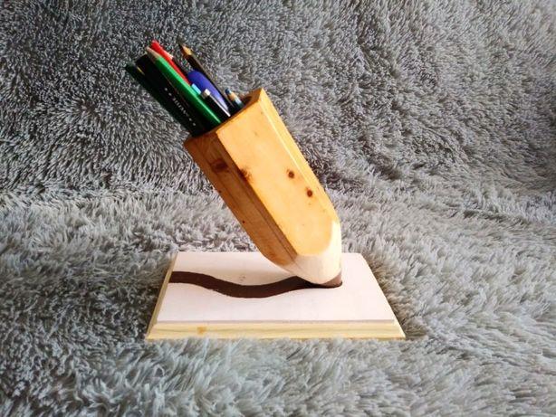Карандашница. Подставка под карандаши