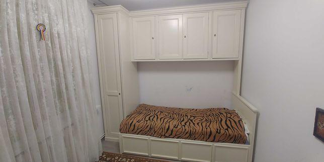 Vand mobila dormitor