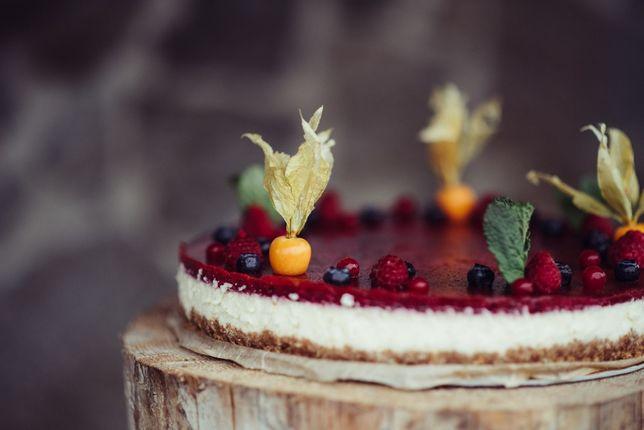 Cheesecake/ Tort de Branza cu Fructe, Proaspat, Cremos, la comanda