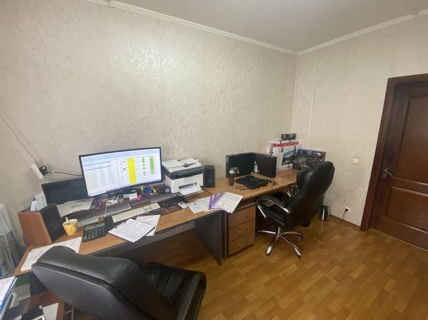 Офис в 8 мкр