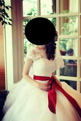 Продается свадебное платье+ в подарок фата в пол