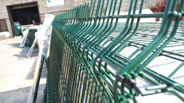 Оградни пана, оградна мрежа, оградни колове, вратички - топ цена
