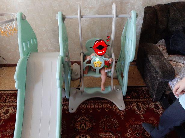 Детская качеля с горкой ,как для квартиры так и для частного дома.