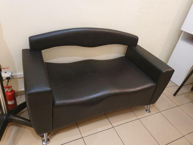 Canapea salon ca noua !