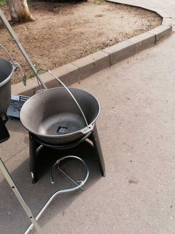 Oferta Ceaun, tuci din fontă pură 10,8 litri