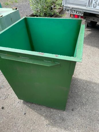 Мусорные контейнеры, баки, мусоросборники