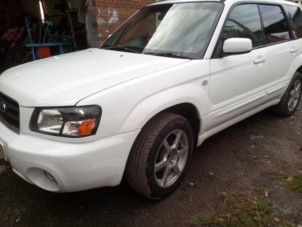 Продам машину  марки Subaru Forester