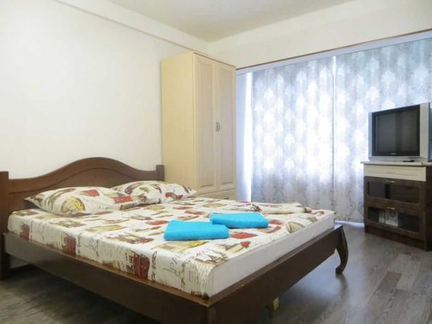 > > Сдам 1-комнатную квартиру, посуточно, Левый берег, Байтерек
